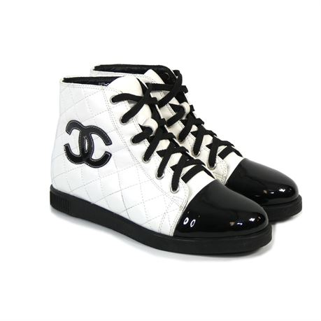 Chanel Women's Black/White Quilted High Top Sneakers Shoes Size 38 EU 7.5 US