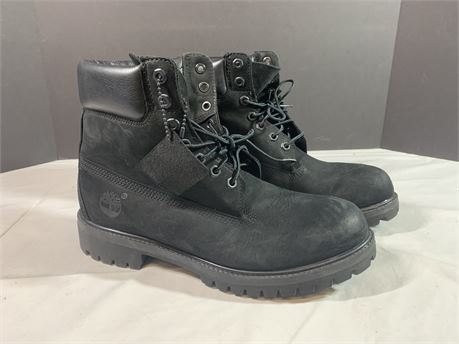Timberland Black Suede Boots Size 8M