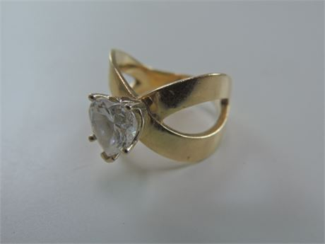 Valentines Day 14kt Gold Solitaire Heart Shaped Cubic Zirconia Ring 8.2 g