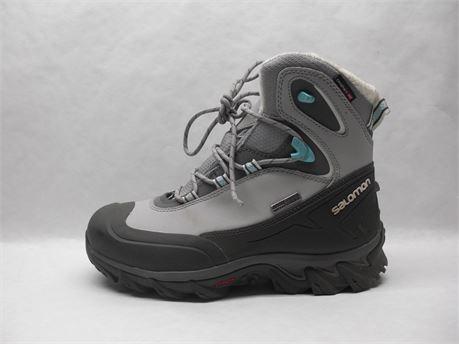 Salomon Women's Boots Size 7.5