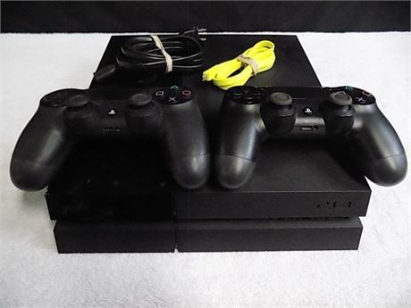 Sony Playstation 4 Console, 2 Controllers; Tested!