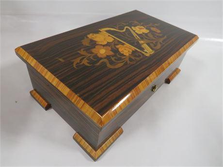 Music Box (230-LVY-YY9)