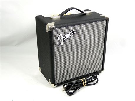 Fender Rumble 15 Bass Combo Amp Amplifier 15x1 15-Watt