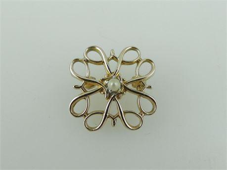 Vintage AVON Representative 10K Yellow Gold Seed Pearl Service Pin (440-J)