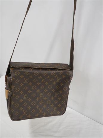 Louis Vuitton Shoulder Bag (230-LV23B)