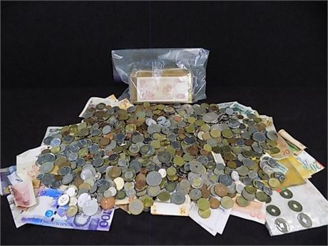 11 Pounds of Unsorted Foreign Coins/Currency