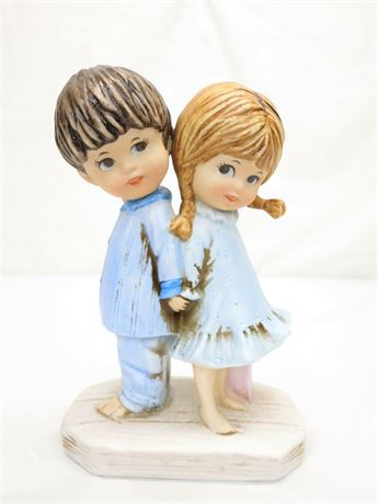 Vintage Moppets Fran Mar 1971 Boy & Girl Figurine