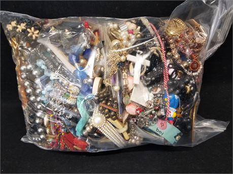 Lot Of Mixed Costume Fashion Jewelry. 11 Lbs. 13.6 oz. W/ Bag