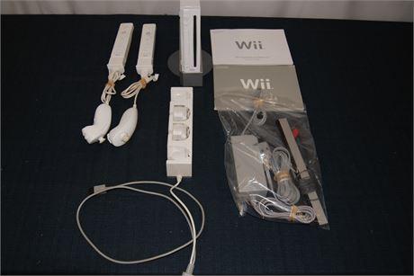 Nintendo WII Gaming Lot (500)
