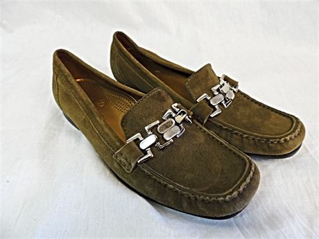 Cole Haan D21238 Olive Slip On Suede Moc Casual Loafers Women's US 8