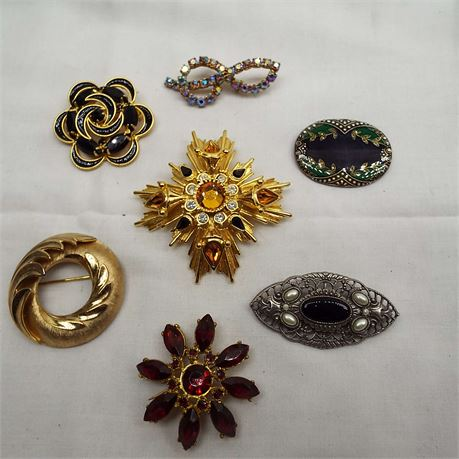 7 Brooches Some Signed Trifari Joan Rivers Catherine Pompesco