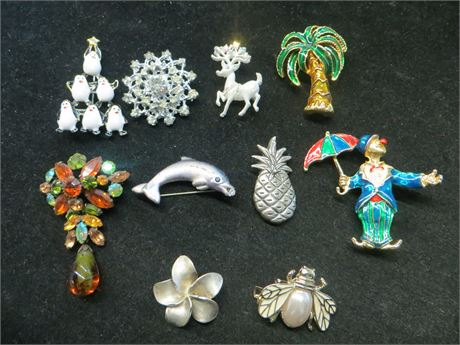 Lot Of Ten Brooches