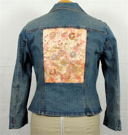 Bisou Bisou Fitted Denim Jacket w/Beaded Embroidered Detail Wmn's Sz M/L