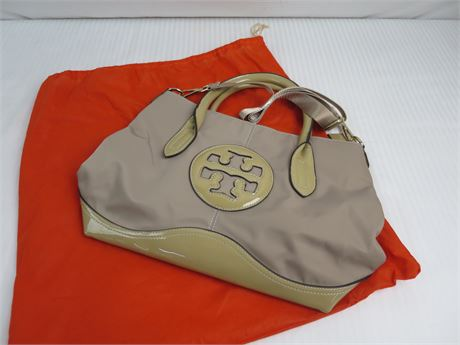 Tory Burch top Handle purse- Light Brown-New (670)