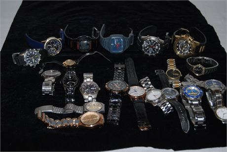 Mens Misc. Watch Lot (500)