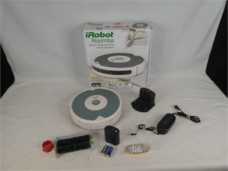 iRobot Roomba Model 540 w/ Extras