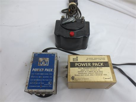 Lot of 3 Model Train/Car Power Transformers/Packs and 8 Mini Jumpers AS IS
