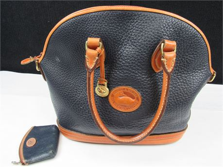 Vintage Dooney and Bourke Handbag in Black Leather With Brown Trim (650)