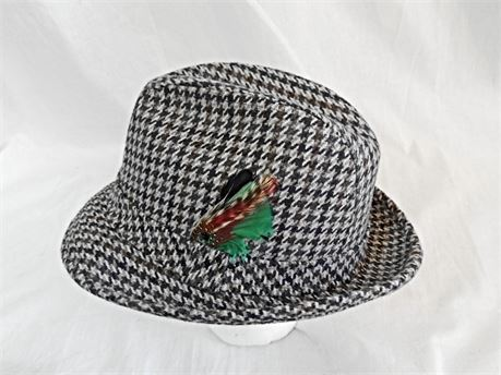 Stetson Houndstooth Wool Tweed Fedora Hat w/FeathersSize 7 3/8