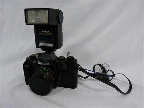 Vintage Nishika MF-3 w/ F-20 Electronic Bounce Flash Film Camera