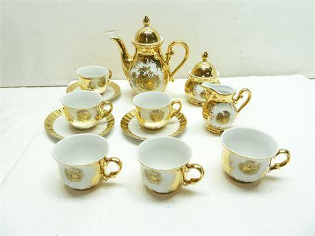 Handarbeit; 22kt. Gold Tea Set (Partial Set) Bavaria, Germany