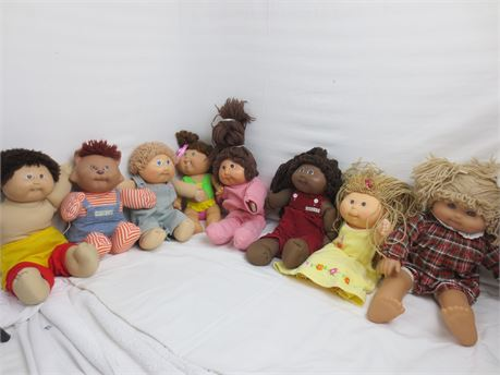 Lot of 8 Cabbage Patch Kids Dolls