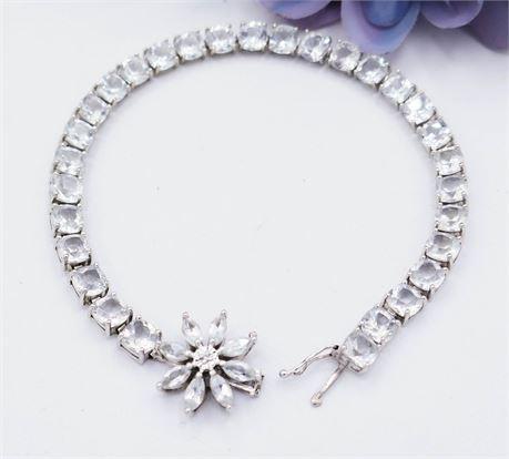 14K White Gold & White Sapphire Tennis Bracelet - Broken Clasp (114)