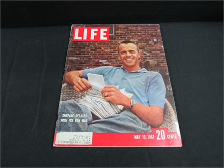 Vintage LIFE Magazine Shepperd Relaxes With His Fan Mail May 19th 1961  (650)