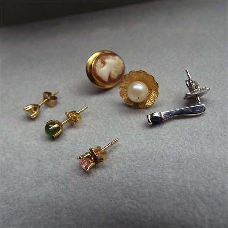 14kt Gold Single Earrings With Stones 4.3 Grams