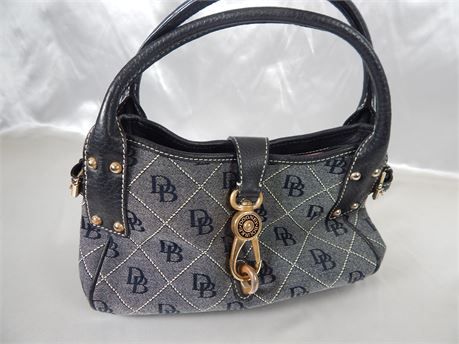 Dooney and Bourke Signature Canvas Handbag in Black and Gray (270R3BS2)