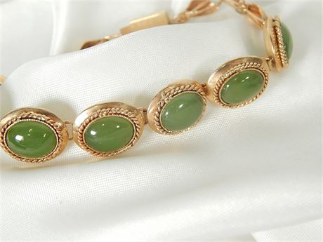 14K Gold Link Bracelet with Green Stones 13.8 grams total weight (270SA/GS)