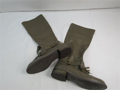 Lucky Penny Boots- Gray-Size 7.5-Used (670)