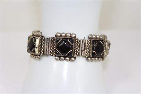 39 g 925 Silver Bracelet W/ Black Stone 8 in