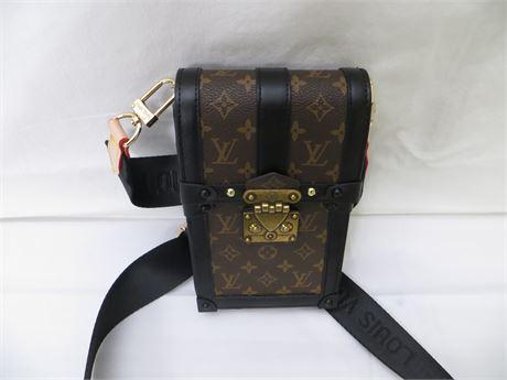 Louis Vuitton SmallShoulder Bag