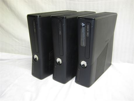 Lot Of 3 Microsoft XBOX 360 S Video Game Consoles Untested