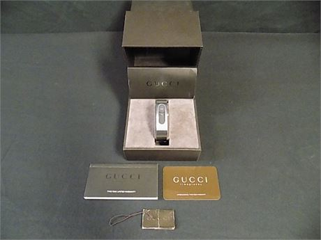 GUCCI Timepieces 2400S Women's Bangle Watch