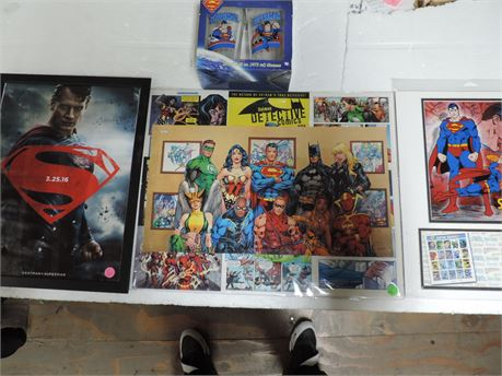 DC Comic Posters Superman Three in total And A Set  Of Glasses
