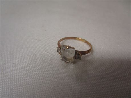 10 Karat Yellow Gold Ring with CZs 1.70 Grams Size 6.25 - Tested w/ JSP