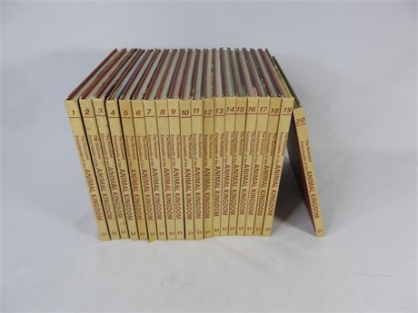 The Illustrated Encyclopedia of the Animal Kingdom 1971, 20 Book Lot
