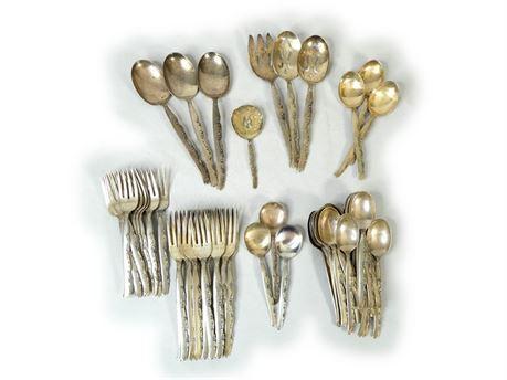 Oneida Heirloom Sterling Silver Flower Lane Fork Spoon 5.3lbs 60 Flatware Pieces