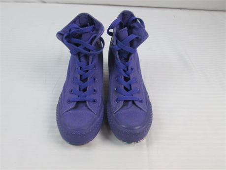 Converse All Star  Hidden Wedge Womens Sneaker  Size 5.5