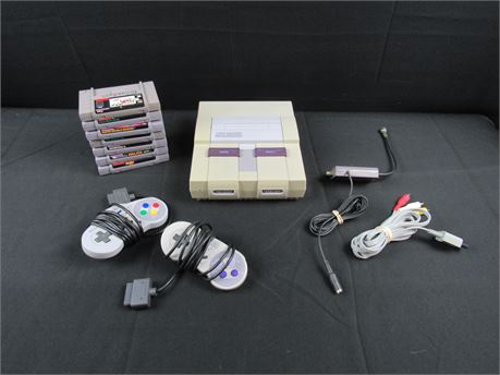 SNES - Super Nintendo Entertainment System Bundle (650)