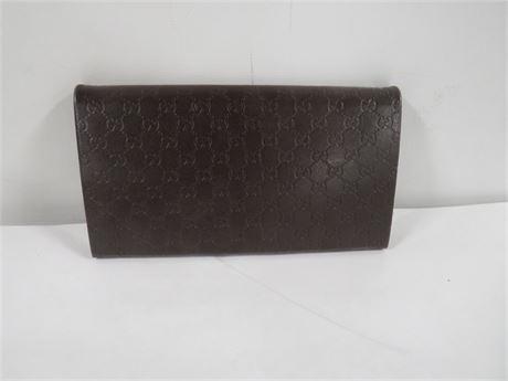Gucci Snap Close Wallet (230-LV7KK)