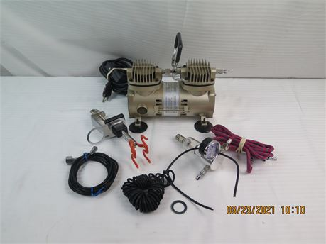 Unbranded Airbrush Compressor w/ Some Pieces (670)