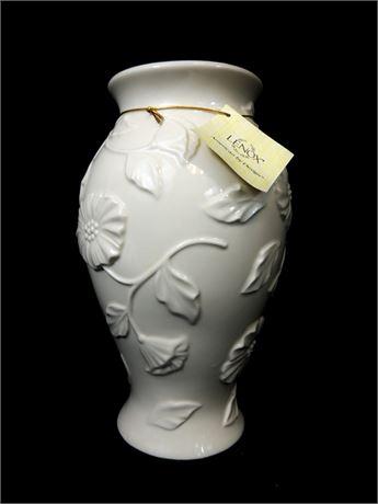 Lenox 10 Inch Poppy Porcelain Vase w/24 Karat Gold Trim