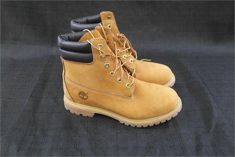 Timberland Boots Womens  Size 9M Tan