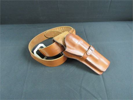 Western Tan Right Side Holster And Hunters 138 Cartridge Belt 650)
