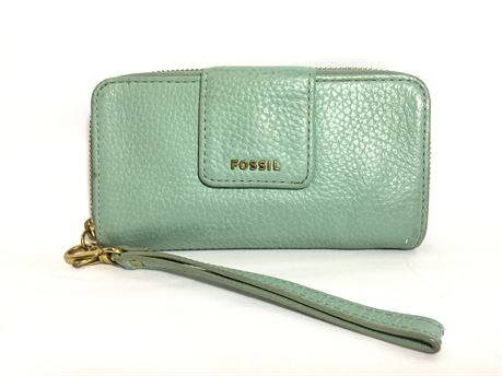 """Fossil Turquoise Leather Feel Wristlet 7""""X4""""X""""2"""""""