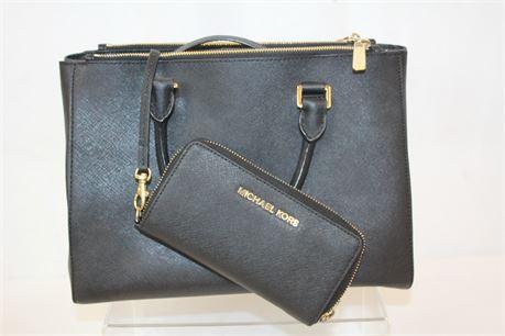 Michael Kors Black Pebbled Leather Shoulder Bag & Wallet Set