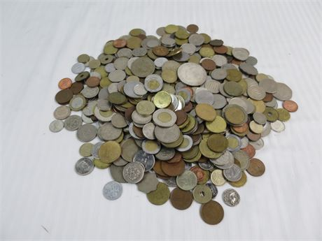 Lot of 5.74Lbs. of international coins-Previously owned-Nice(670)